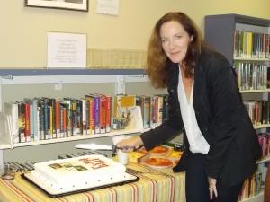 Jamie with her author cake