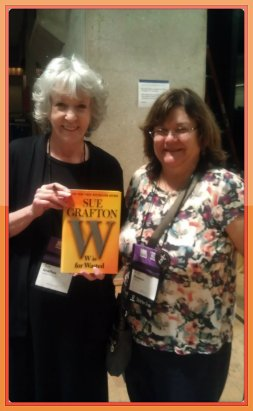 Sue Grafton and Murder Among Friends moderator, Patti Ruocco