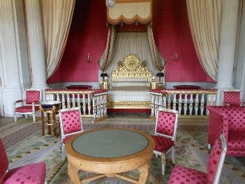 Marie Antoinette bedroom photo